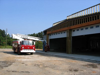 Passed by today as the squad was out working on the soon to be new firehouse.