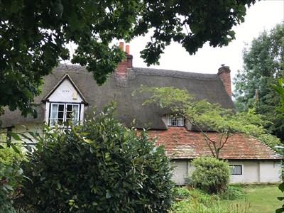 LaBurnum Cottage, RIght SIde, Burghclere, Newbury, Hampshire, England