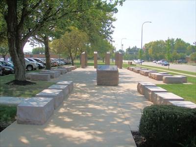 Lincoln High School Veterans Memorial Gahanna Oh Non Specific
