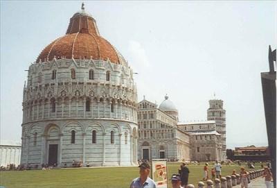 Battistero di San Giovanni - Pisa, Italy