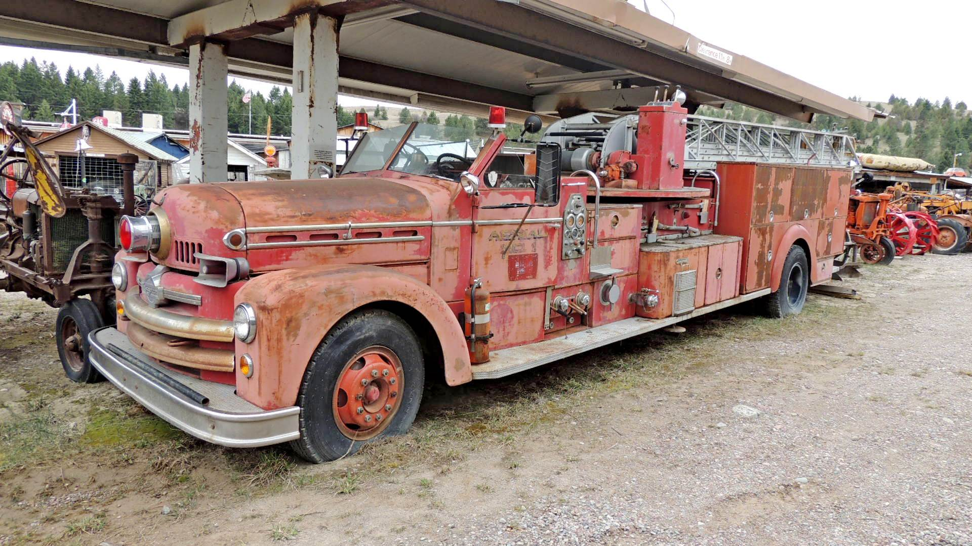 Seagrave Aerial Truck Polson Mt Fire Fighting