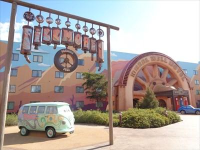 Giant Wheel - Art of Animation Resort