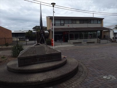 Side view of the Propeller, with the Post Office in the background. 1025, Saturday, 15 July, 2017