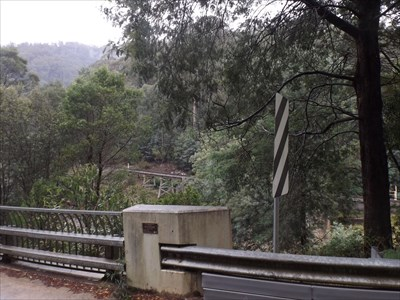 The location of the Opening Plaque, on the southern side, western end of this concrete bridge. With the Thomson River Rail Bridge in the background. Sunday, 8 May, 2016