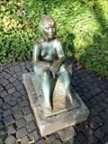 Image for Sitzendes Mädchen - Karlsruhe, Baden-Württemberg, Germany