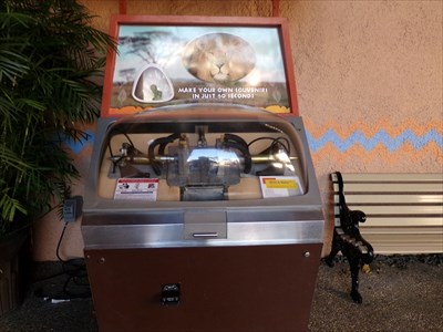 Busch Gardens - Lion - Mold-A-Rama.