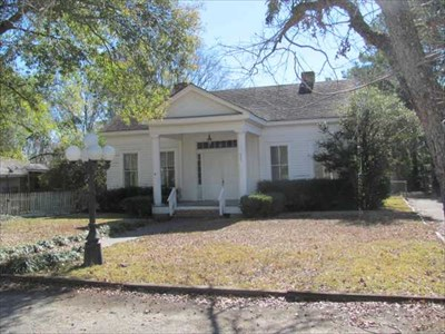 OLDEST - House in Montgomery, Texas - Superlatives on