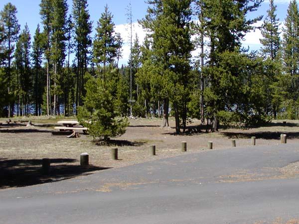 paulina lake deschutes national forest oregon. Black Bedroom Furniture Sets. Home Design Ideas
