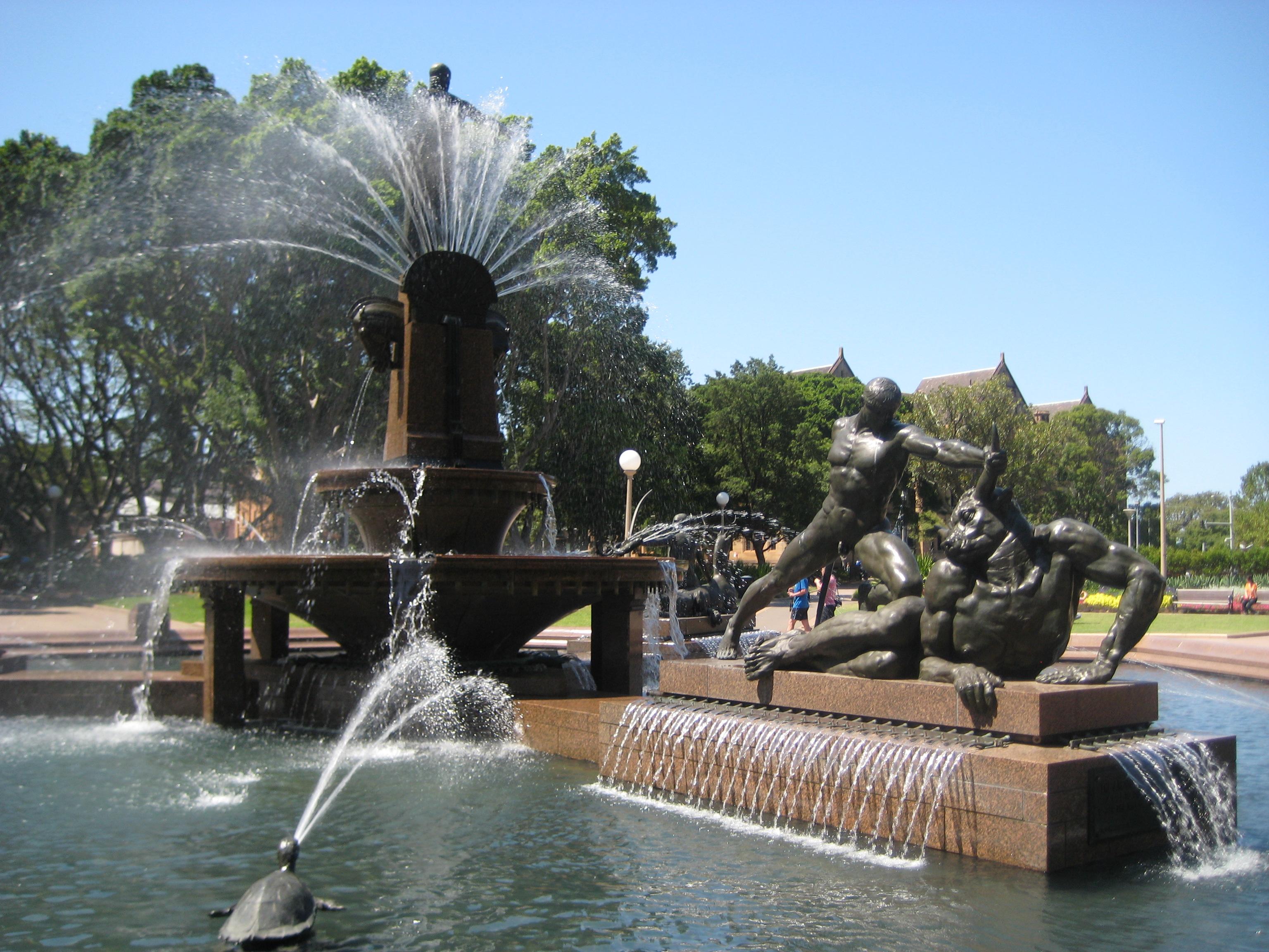 Water fountains hyde park - Water Fountains Hyde Park 32