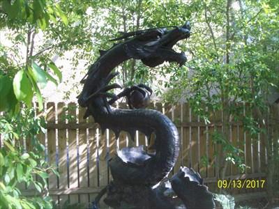 Love this dragon!