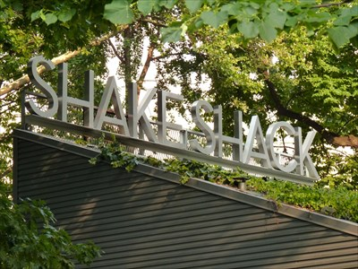 Shake Shack - Madison Square Park - New York, NY, USA - Dog-Friendly