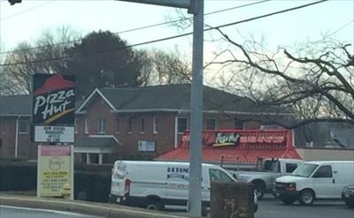 Pizza Hut Route 22 Bel Air Md Restaurants On Waymarking