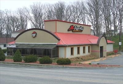Pizza Hut Broad Street Summersville