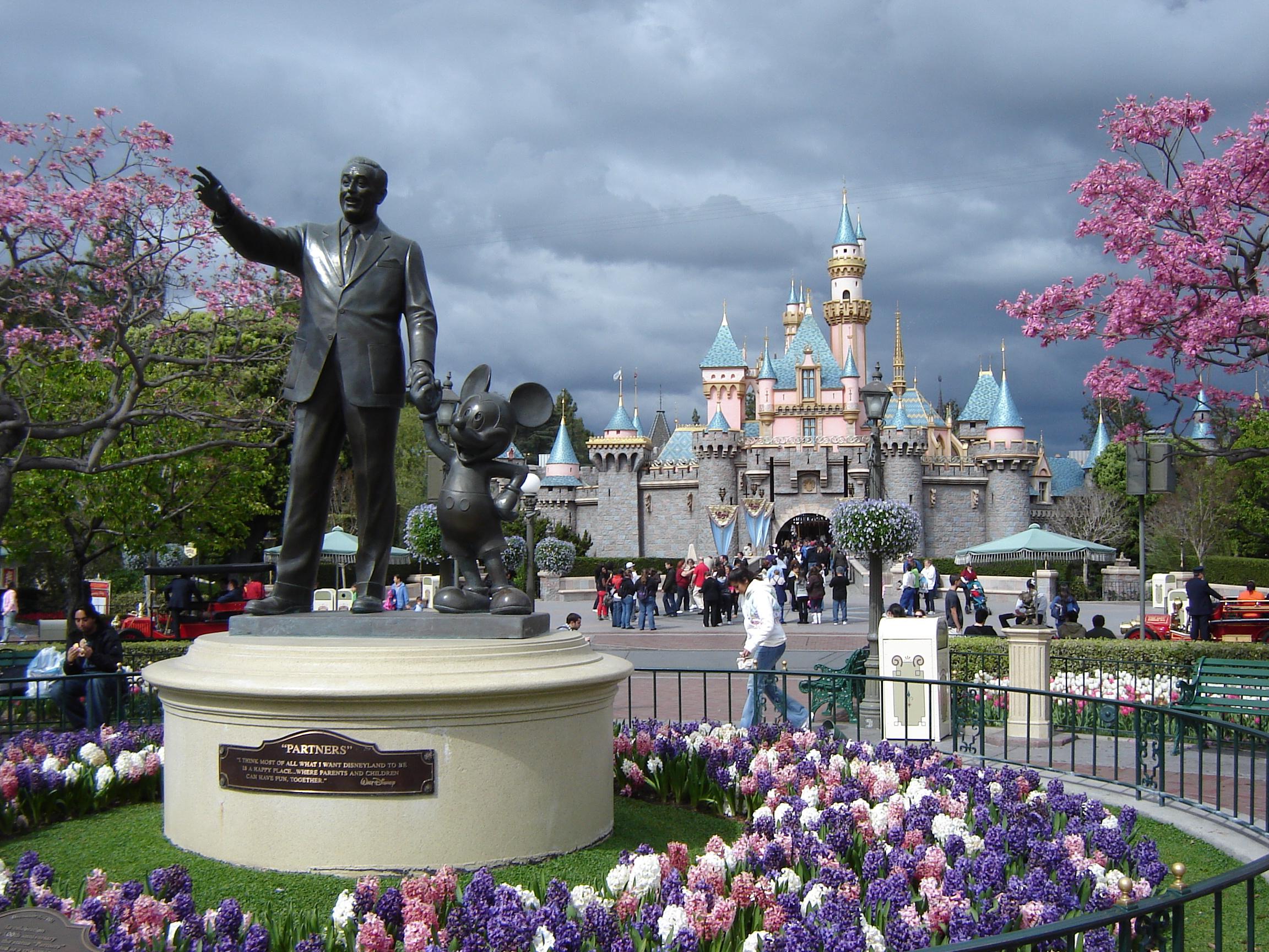 Walt Disney Partners Statue Disneyland Ca Image