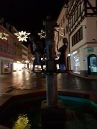 Brunnen mit Wasserträgerinnen in Fulda