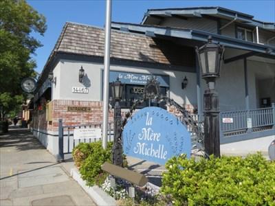 La Mere Michelle Entrance, Saratoga, CA