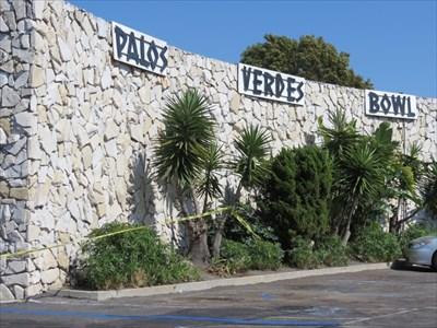 Palos Verdes Bowl, Pane 1, Torrance, California