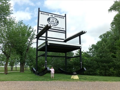 veritas vita visited LARGEST - Rocking Chair in the World