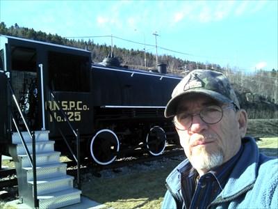 Ve0mow près de la Vieille Locomotive Merci pour le waypmark ve0mow de Rimouski 73