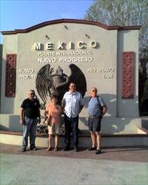 Eagle and Snake, Nuevo Progreso, Mexico - Figurative Public