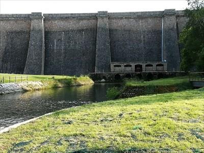 Barrage Du Lac De Pont Pont Et Massene France Water