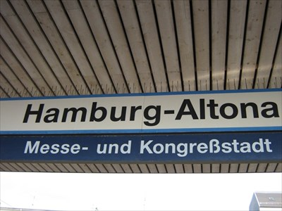 Bahnhof Hamburg Altona Germany Train Stations Depots On