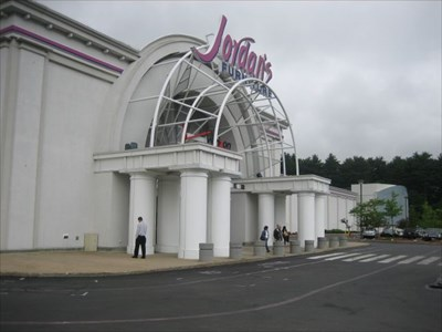 Imax 3d Jordan S Furniture Natick Ma Imax Theaters On