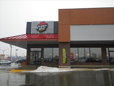 Fantastic Pizza Hut Des Laurentides Laval Qc Canada Pizza Hut Interior Design Ideas Grebswwsoteloinfo