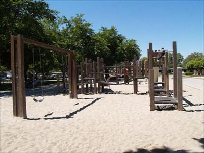 Warburton Park Santa Clara Ca Public Playgrounds On
