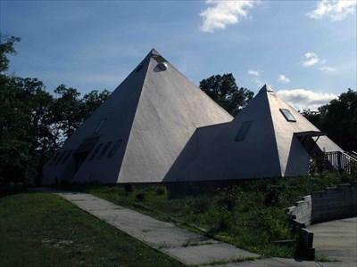 The Pyramid House Church Pomona Nj Odd Shaped