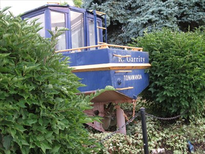 Bon Echo visited Barge Boat 122 - Erie Canal
