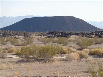 veritas vita visited Amboy Crater