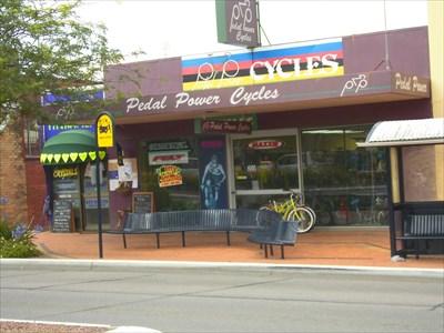 130 Victoria Street, Taree, NSW Photo: 5 December, 2014