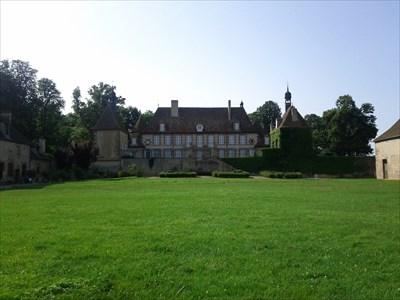 Ch teau beaumont agonges allier france castles on for Chateau beaumont