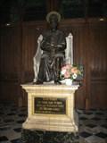 Image for Statue de Saint Pierre dans la Cathedrale - Beauvais, France