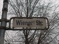 Image for Wiener Straße - CLASSIC GERMAN EDITION - Hannover, Germany