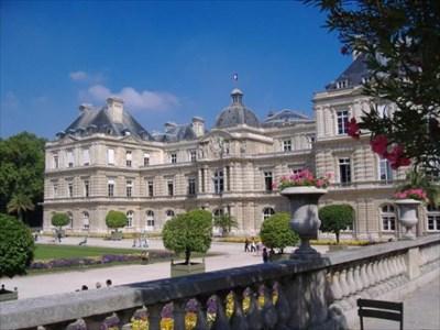 Palais Du Luxembourg Senat Paris France Capitol Buildings On