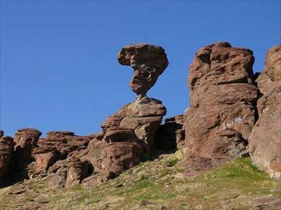 balanced rock castleford id nature s balanced rocks on