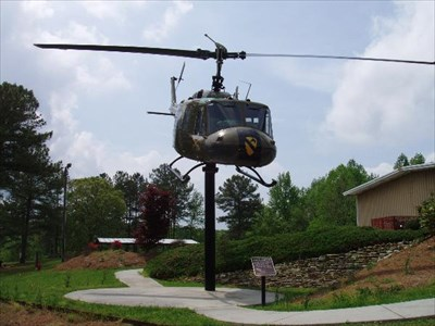 UH-1H Huey Helicopter - Static Aircraft Displays on Waymarking.com
