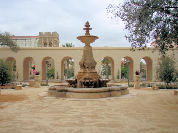 City Hall Courtyard Fountain Pasadena Ca Fountains On