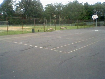 Austin Park Basketball Courts Connellsville Pennsylvania Outdoor On Waymarking