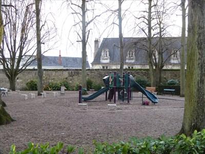 aire de jeux du jardin du mus e des beaux arts tours france public playgrounds on. Black Bedroom Furniture Sets. Home Design Ideas