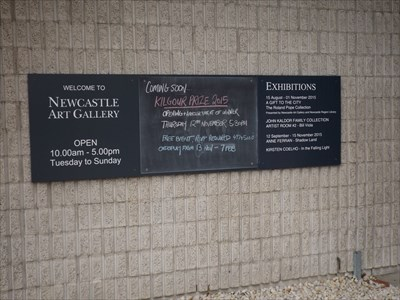 Information/Hours sign, at the entrance to the Gallery.