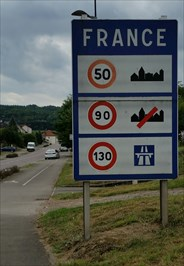 Welcome to France and driving speed limits