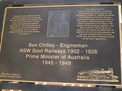Close up of the Citizen Commemorative plaque. 0955, Tuesday, 7 May, 2019