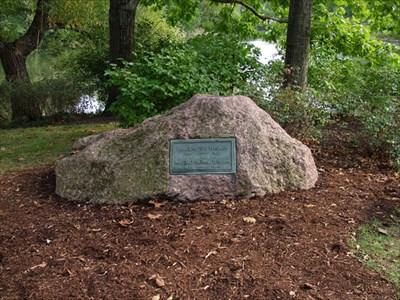 H H Holmes Grave Daniel Burnham - Grave of a