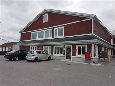 Bureau De Poste St Lin Laurentides J5m 1a0 Qc Canada Post Offices On Waymarking Com