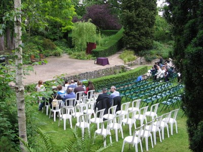 Jardin shakespeare paris france william shakespeare - Theatre de verdure du jardin shakespeare pre catelan ...