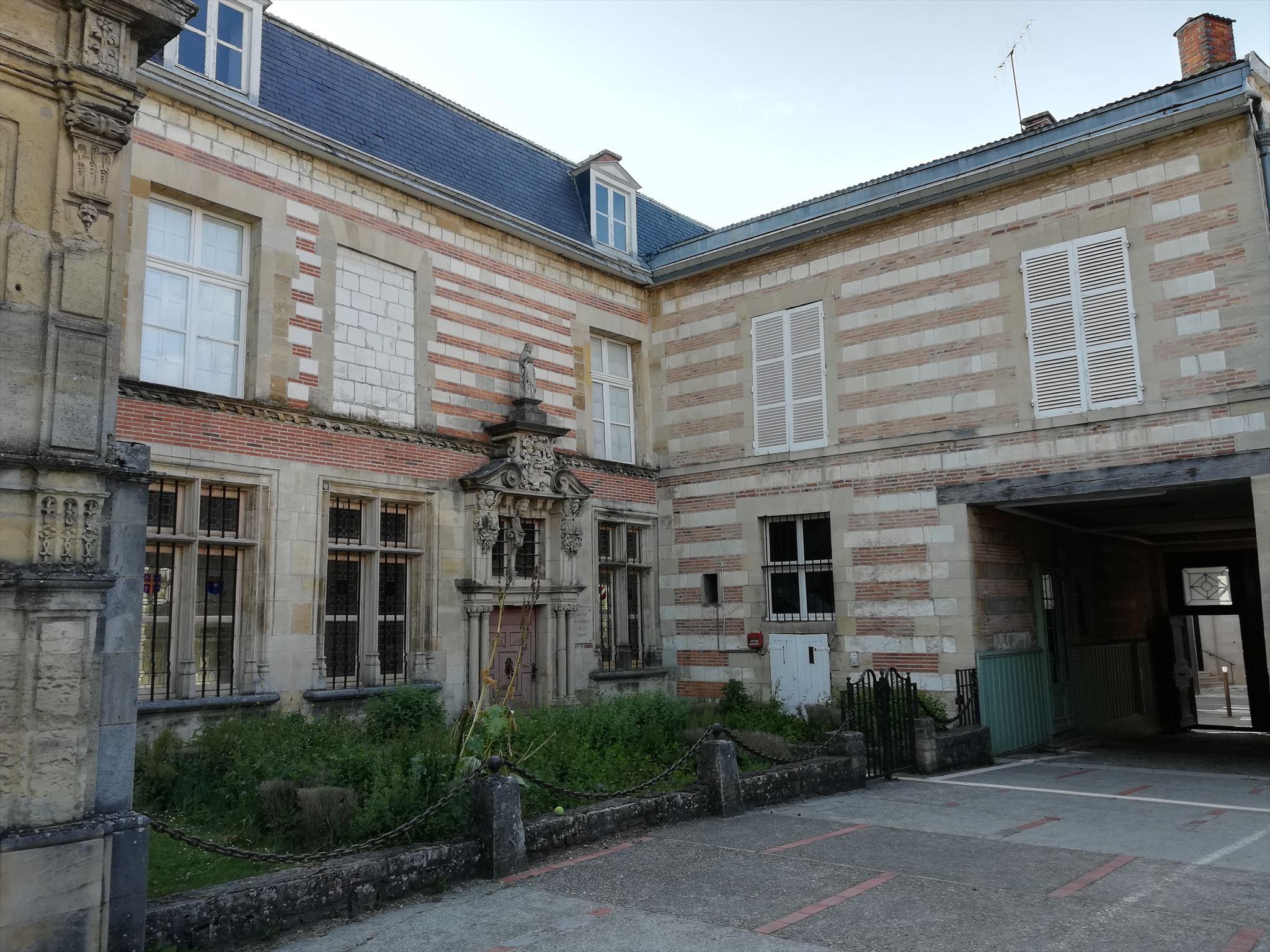 Mobilier De France Chalons En Champagne musée garinet - châlons-en-champagne, france - art museums