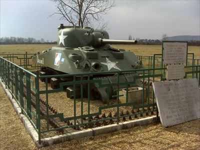 M4a4 sherman orleans ii beaune france military ground